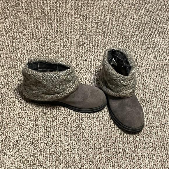 Gray Muk Luk boots